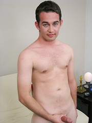 Straight guy ready to suck and fuck guys for some cash