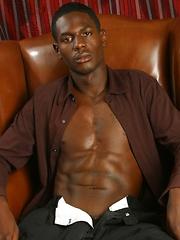 Ebony guy shows huge dick