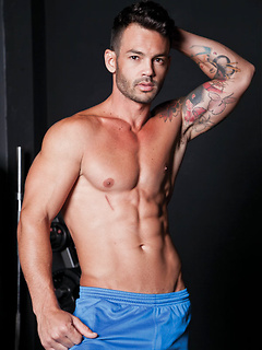 gay porn Adriano Carrasco
